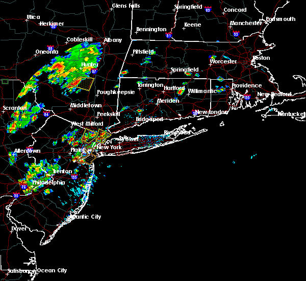 Radar Image for Severe Thunderstorms near Paterson, NJ at 8/2/2017 1:02 PM EDT