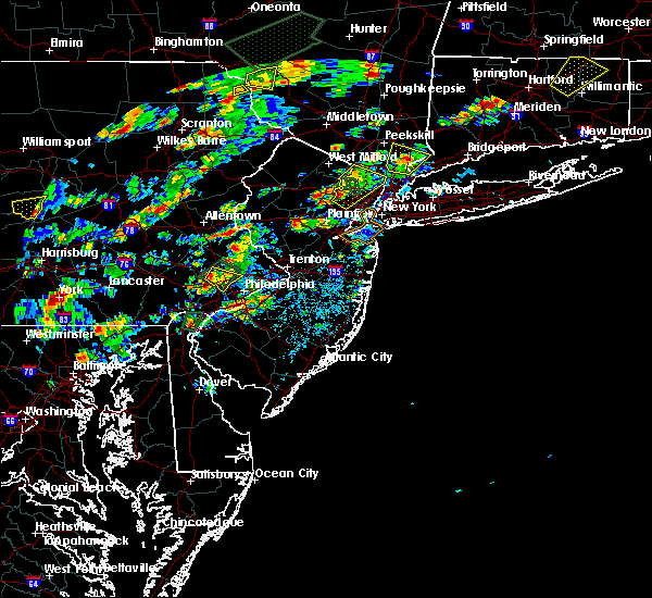 Radar Image for Severe Thunderstorms near Paterson, NJ at 8/2/2017 1:57 PM EDT