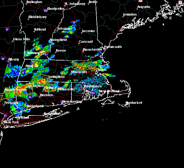 Radar Image for Severe Thunderstorms near Lowell, MA at 8/2/2017 3:35 PM EDT