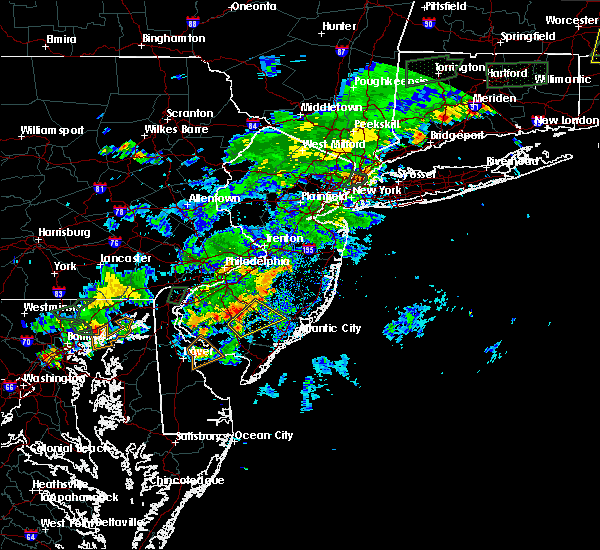 Radar Image for Severe Thunderstorms near Buena, NJ at 8/2/2017 5:24 PM EDT