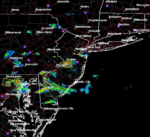 Radar Image for Severe Thunderstorms near Groveville, NJ at 8/3/2017 5:45 PM EDT