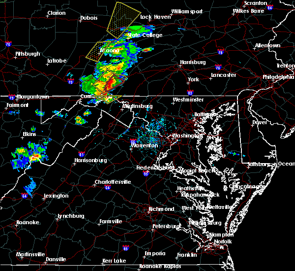 Radar Image for Severe Thunderstorms near Bath (Berkeley Springs), WV at 8/4/2017 5:52 PM EDT