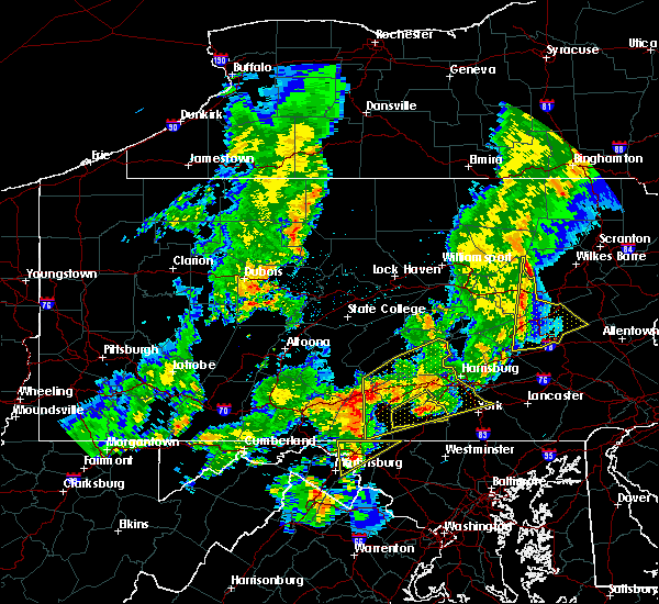 Radar Image for Severe Thunderstorms near Orrstown, PA at 8/4/2017 9:33 PM EDT