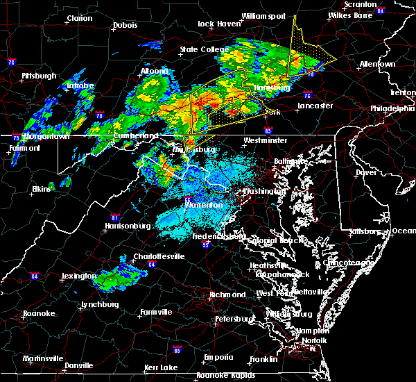 Radar Image for Severe Thunderstorms near Fairplay, MD at 8/4/2017 9:39 PM EDT