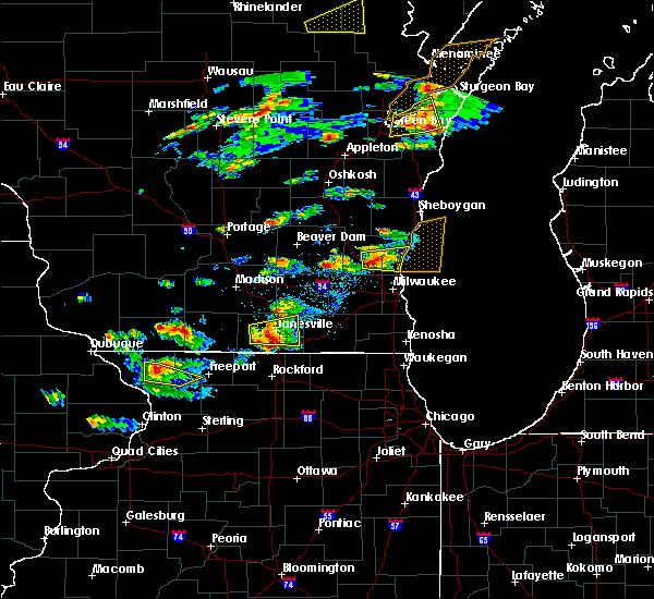 Radar Image for Severe Thunderstorms near Janesville, WI at 8/10/2017 3:30 PM CDT