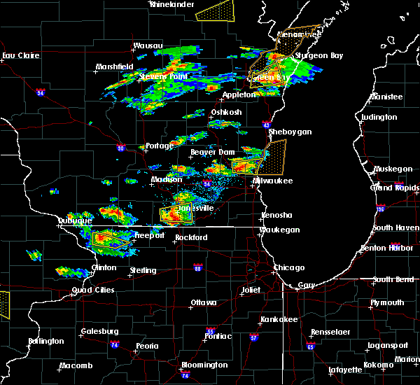 Radar Image for Severe Thunderstorms near Slinger, WI at 8/10/2017 3:30 PM CDT