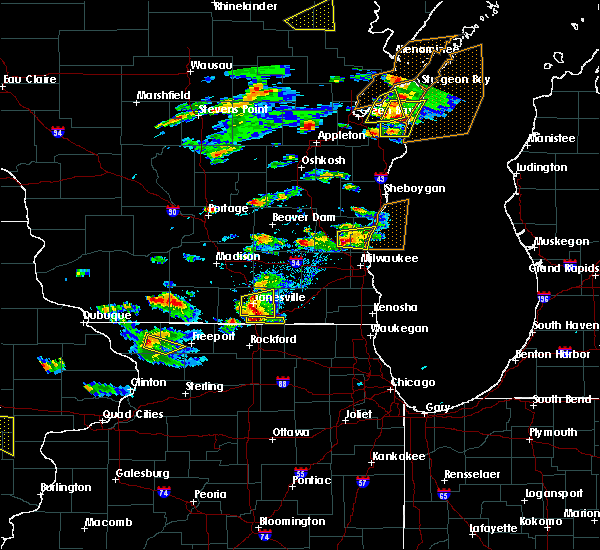 Radar Image for Severe Thunderstorms near Mequon, WI at 8/10/2017 3:39 PM CDT