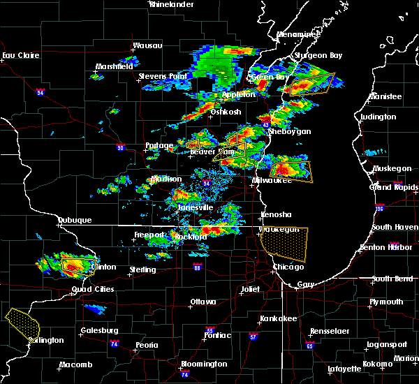 Radar Image for Severe Thunderstorms near Waupun, WI at 8/10/2017 4:38 PM CDT