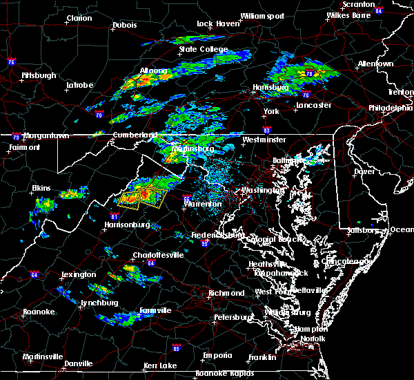 Radar Image for Severe Thunderstorms near Strasburg, VA at 8/11/2017 4:31 PM EDT