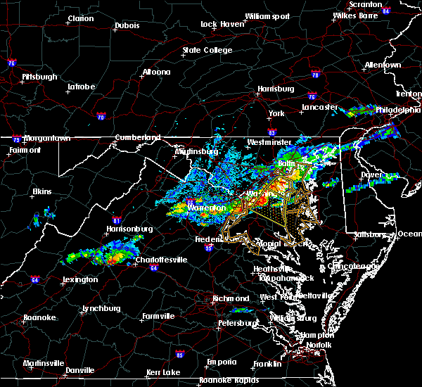 Radar Image for Severe Thunderstorms near Riva, MD at 8/12/2017 8:21 PM EDT