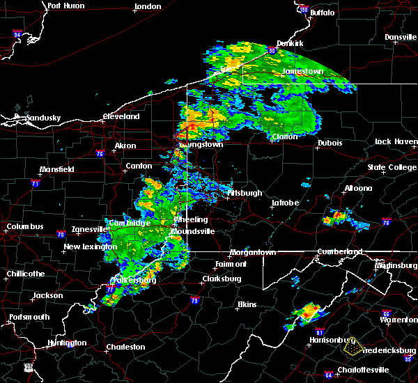 Radar Image for Severe Thunderstorms near Vienna Center, OH at 8/17/2017 8:05 PM EDT