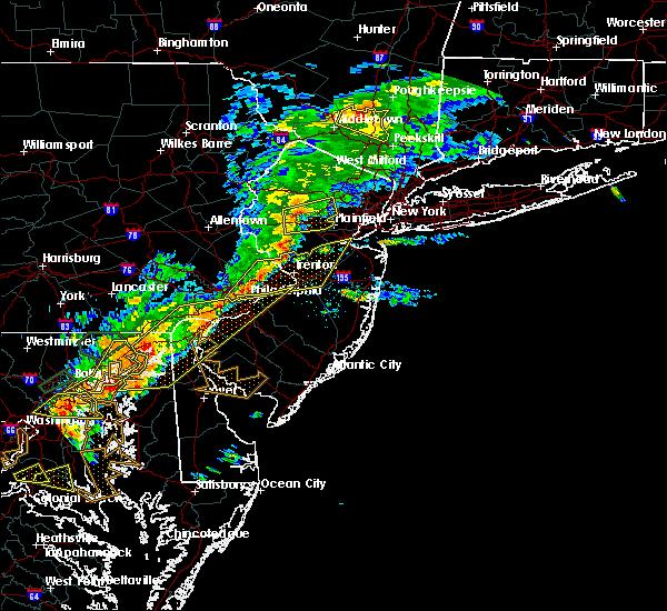 Radar Image for Severe Thunderstorms near Califon, NJ at 8/18/2017 6:10 PM EDT