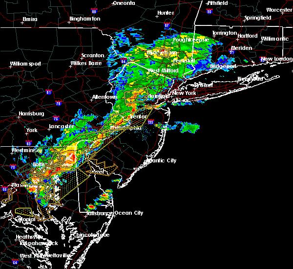 Radar Image for Severe Thunderstorms near Califon, NJ at 8/18/2017 6:27 PM EDT