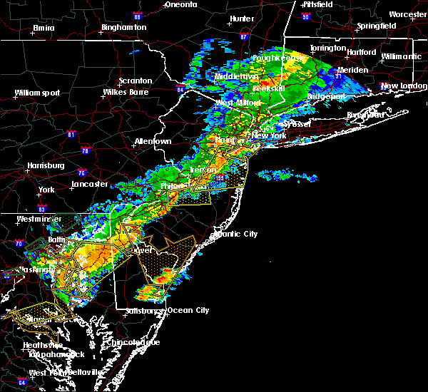 Radar Image for Severe Thunderstorms near Browns Mills, NJ at 8/18/2017 7:03 PM EDT