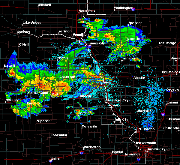 Radar Image for Severe Thunderstorms near Ralston, NE at 8/20/2017 12:03 AM CDT