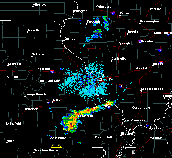 Radar Image for Severe Thunderstorms near Eminence, MO at 8/20/2017 1:14 PM CDT