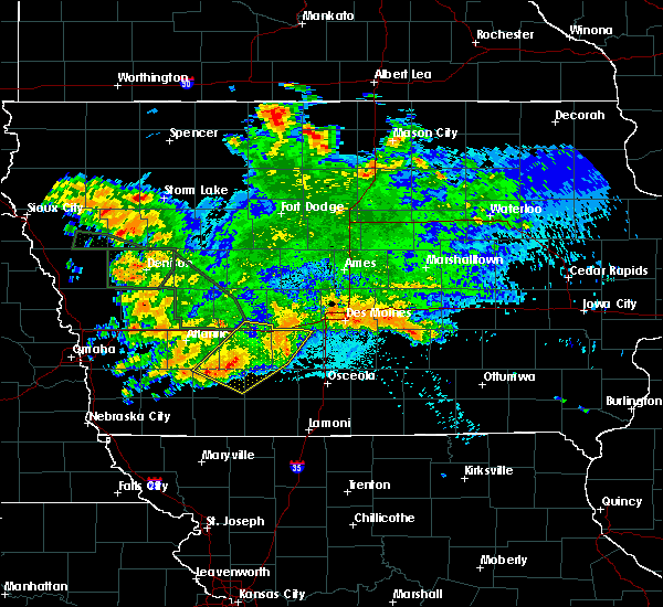 Radar Image for Severe Thunderstorms near Orient, IA at 8/21/2017 3:26 AM CDT