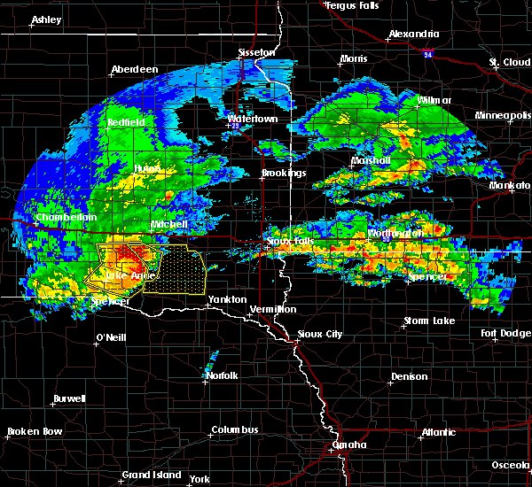 Radar Image for Severe Thunderstorms near Scotland, SD at 8/21/2017 12:36 PM CDT