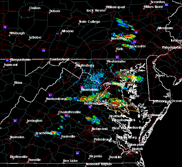 Radar Image for Severe Thunderstorms near Charlotte Hall, MD at 8/21/2017 5:26 PM EDT