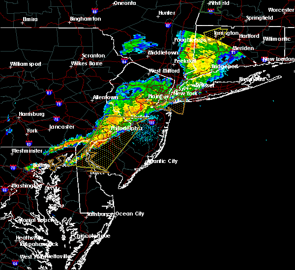 Radar Image for Severe Thunderstorms near Clayton, NJ at 8/22/2017 11:21 PM EDT