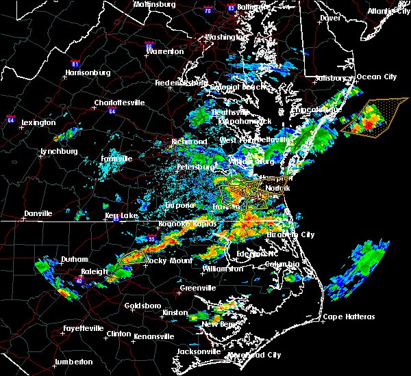 Radar Image for Severe Thunderstorms near Chesapeake, VA at 8/23/2017 4:44 PM EDT