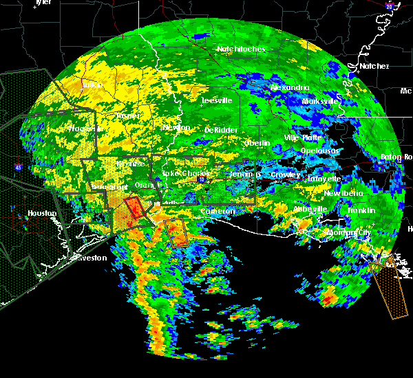 Radar Image for Severe Thunderstorms near Port Arthur, TX at 8/28/2017 4:08 AM CDT