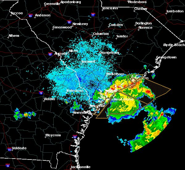 Radar Image for Severe Thunderstorms near North Charleston, SC at 9/2/2017 4:00 AM EDT