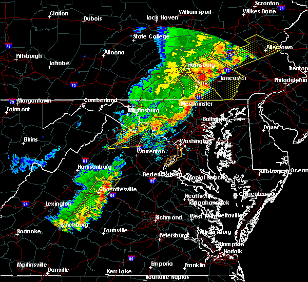 Radar Image for Severe Thunderstorms near University of Virginia, VA at 9/5/2017 4:59 PM EDT