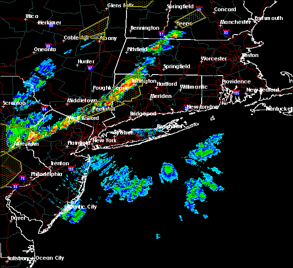 Radar Image for Severe Thunderstorms near Waterbury, CT at 9/5/2017 5:24 PM EDT