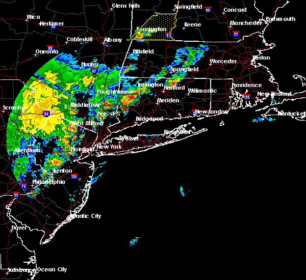 Radar Image for Severe Thunderstorms near Cheshire Village, CT at 9/5/2017 7:35 PM EDT