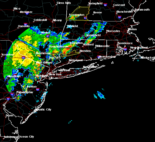 Radar Image for Severe Thunderstorms near Waterbury, CT at 9/5/2017 7:41 PM EDT