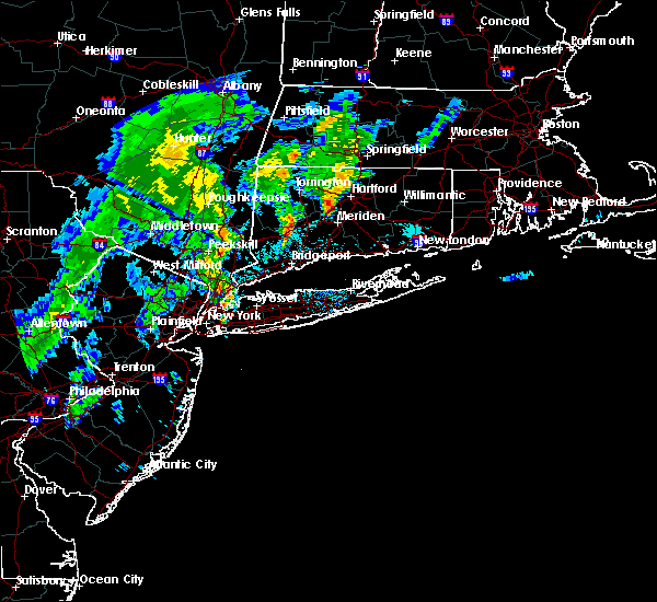 Radar Image for Severe Thunderstorms near Waterbury, CT at 9/5/2017 8:28 PM EDT