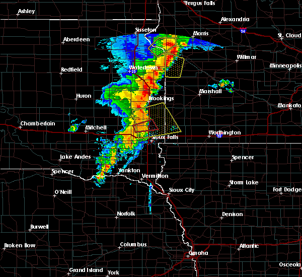 Radar Image for Severe Thunderstorms near Chester, SD at 9/19/2017 11:26 PM CDT