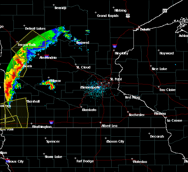 Radar Image for Severe Thunderstorms near Cyrus, MN at 9/19/2017 11:53 PM CDT