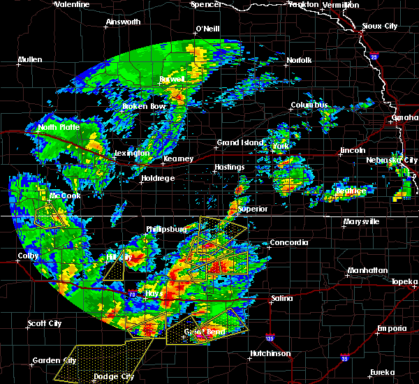 Radar Image for Severe Thunderstorms near Mankato, KS at 10/6/2017 6:42 PM CDT