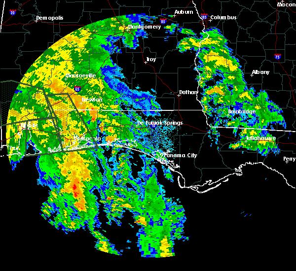 Radar Image for Severe Thunderstorms near Crestview, FL at 10/8/2017 1:03 AM CDT