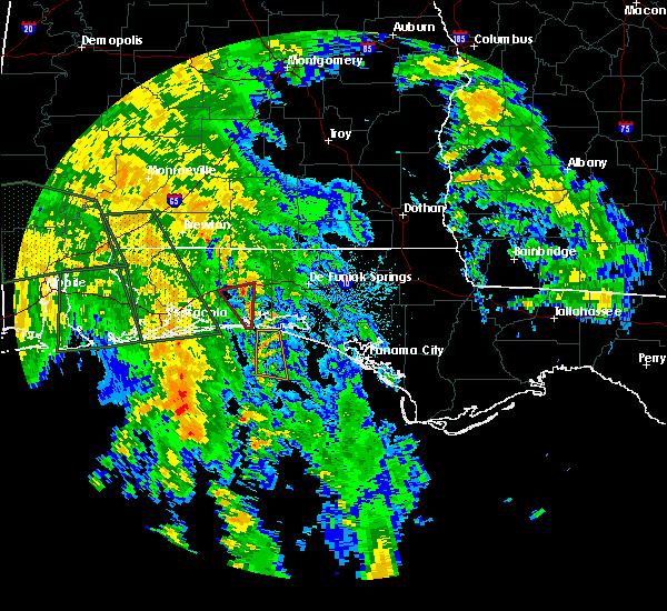 Radar Image for Severe Thunderstorms near Crestview, FL at 10/8/2017 1:21 AM CDT