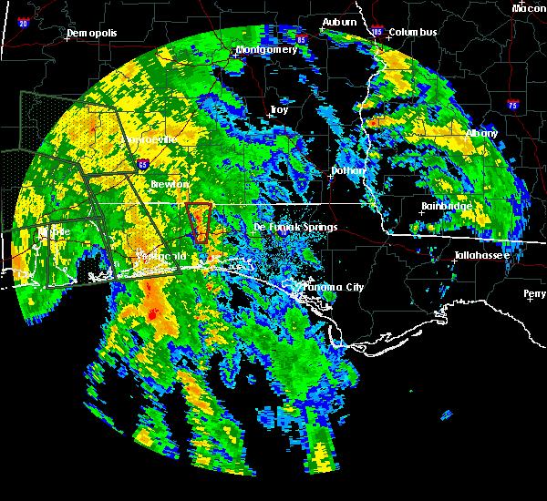 Radar Image for Severe Thunderstorms near Crestview, FL at 10/8/2017 1:43 AM CDT