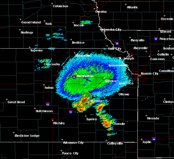 Radar Image for Severe Thunderstorms near Emporia, KS at 10/9/2017 4:25 PM CDT