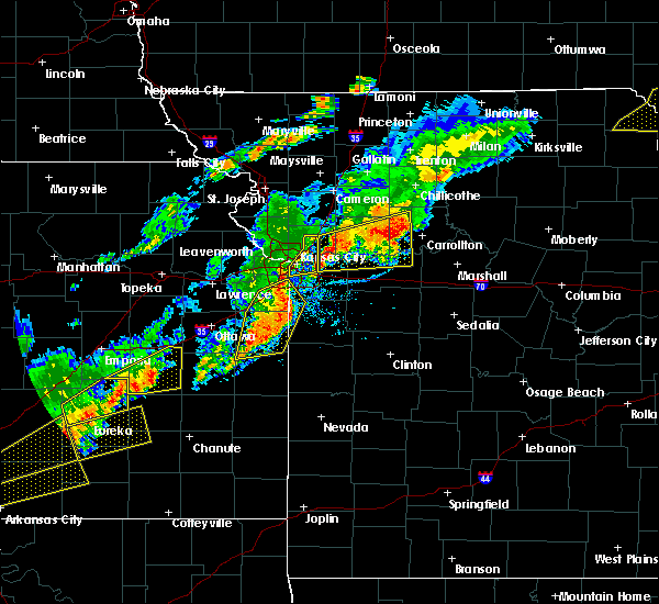 Radar Image for Severe Thunderstorms near Leawood, KS at 10/14/2017 6:06 PM CDT