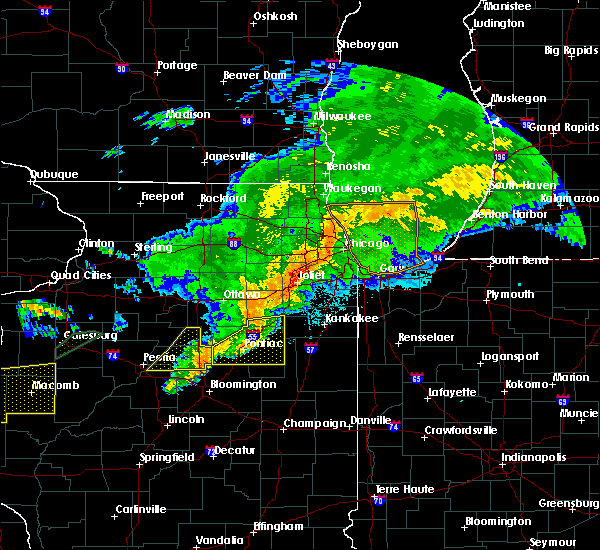 Radar Image for Severe Thunderstorms near Forrest, IL at 10/14/2017 8:11 PM CDT