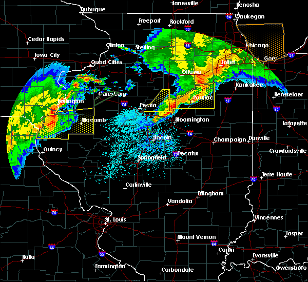 Radar Image for Severe Thunderstorms near Peoria, IL at 10/14/2017 8:14 PM CDT