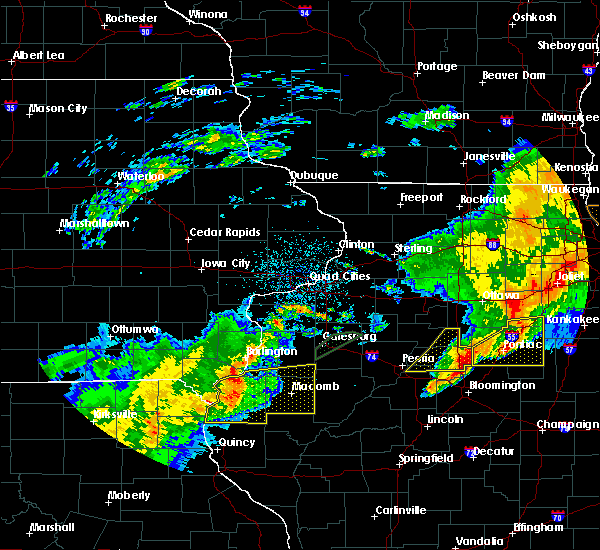 Radar Image for Severe Thunderstorms near Warsaw, IL at 10/14/2017 8:14 PM CDT