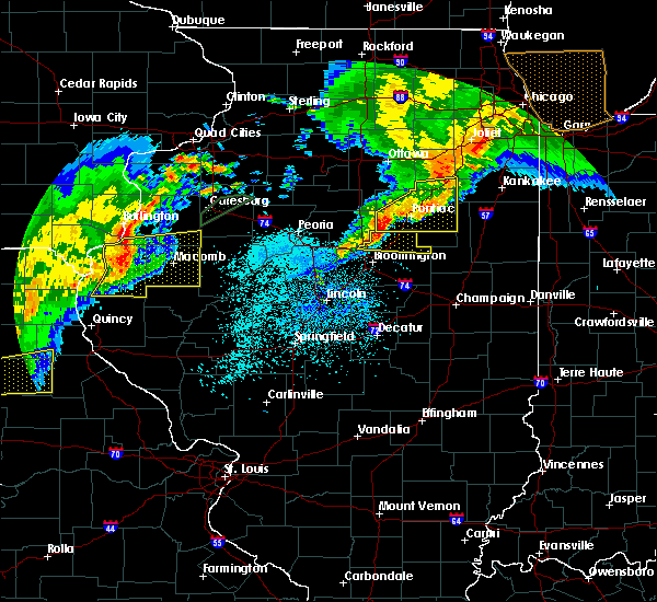 Radar Image for Severe Thunderstorms near Anchor, IL at 10/14/2017 8:20 PM CDT