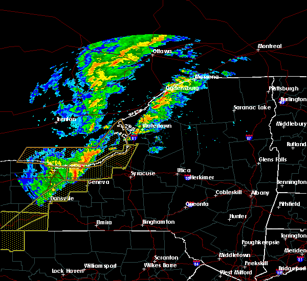 Radar Image for Severe Thunderstorms near Savannah, NY at 10/15/2017 5:19 PM EDT