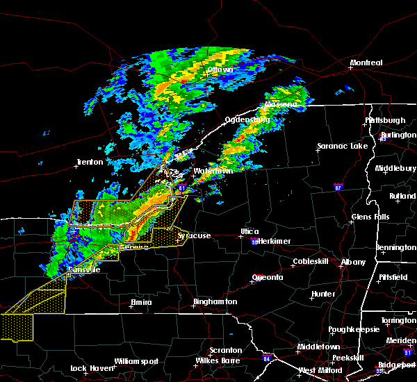 Radar Image for Severe Thunderstorms near Savannah, NY at 10/15/2017 5:47 PM EDT