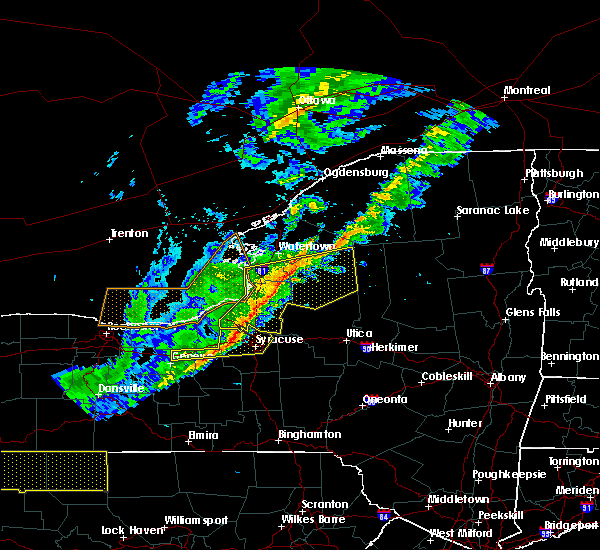 Radar Image for Severe Thunderstorms near Auburn, NY at 10/15/2017 6:11 PM EDT