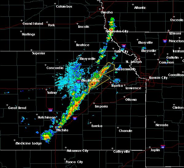 Radar Image for Severe Thunderstorms near Whiting, KS at 10/21/2017 3:24 PM CDT
