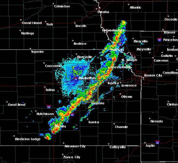 Radar Image for Severe Thunderstorms near Emporia, KS at 10/21/2017 4:28 PM CDT