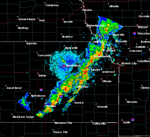Radar Image for Severe Thunderstorms near Effingham, KS at 10/21/2017 5:01 PM CDT